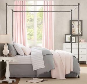 decoracion-de-dormitorios-en-rosa-y-gris-01-480x467