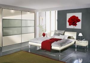 dormitorio-gris-y-rojo